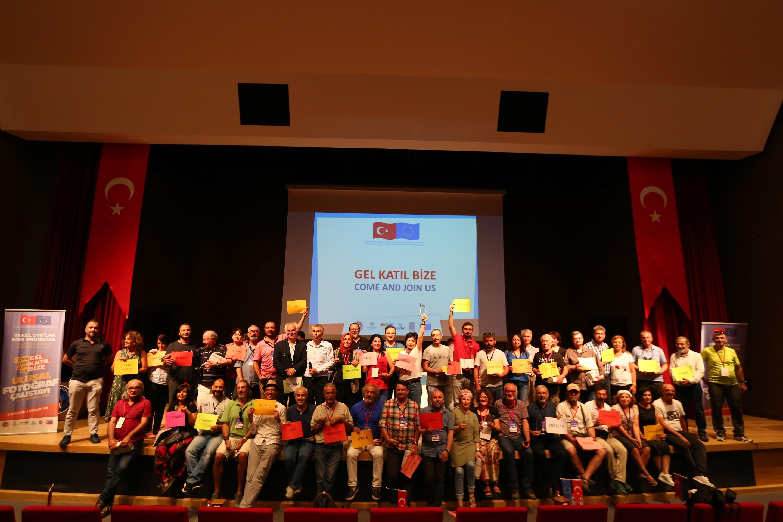 (Turkish) Come and Join Us /Gel Katıl Bize Projesinden Ulusal Fotoğraf Çalıştayı